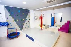 Designing a Home Gym in Your Basement Home Gym Basement, Kids Cafe, Kids Gym, Sensory Rooms, Gym Room, Clinic Design, Spa Rooms, Cute Home Decor, Workout Rooms