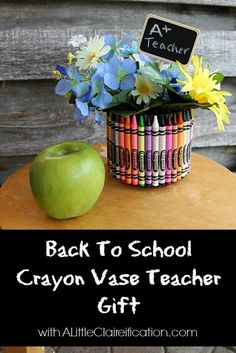 Back To School Craft: Crayon Vase Teacher Gift with ALittleClaireification.com #crafts #teachers #school @A Little CLAIREification