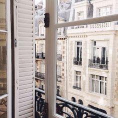 Mornings on Paris windows Parisian Apartment, Paris Apartments, Tour Eiffel, Paris Balcony, Tuileries Paris, Grand Paris, Belle Villa, Places To Go, Around The Worlds