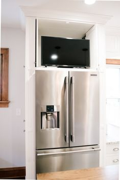 TV cabinet above refrigerator - My beautiful and practical dream kitchen - OH MY GOSHES - ohmygoshes Galley Kitchen Design, Tv In Kitchen, Classic White Kitchen, Kitchen Wall Cabinets, Kitchen, Refrigerator Cabinet, Kitchen Design Small, Dream Kitchen, Tall Kitchen Cabinets