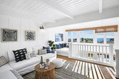A nice place to enjoy the weekend. ☀️😎 #lagunabeach - posted by Real Estate Media https://www.instagram.com/moderntakemedia - See more San Diego Real Estate photos from San Diego Realtors at https://NewHomes