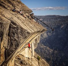 Alex Honnold Pretty amazing pic of the aptly named route Heaven. Sport Climbing, Ice Climbing, Yosemite Climbing, Tuolumne Meadows, Mountaineering, Climbers, Gopro, Trekking, National Parks