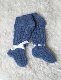 Tekstiiliteollisuus - teetee Alpakka Knitting For Kids, Baby Knitting Patterns, Knitting Socks, Knit Socks, Knitting Ideas, Baby Kids, Baby Boy, Leg Warmers, Mittens