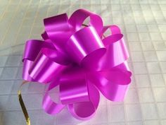 He Shows You How To Make Beautiful Bows Every Time! - DIY Joy
