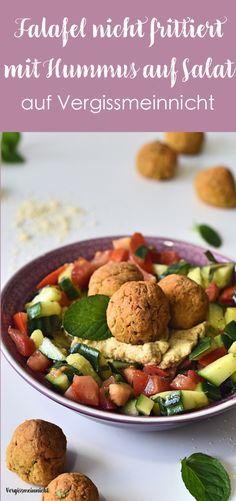 Leckere Falafel mit Hummus auf Salat welche nicht frittiert wurden. Ein leckeres Rezept welches sehr gesund ist.