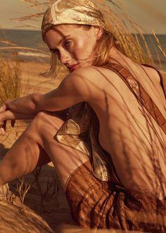 Nancy Schneider by Fernando Gomez for Vogue Ukraine July 2018 - Minimal. / Visual.