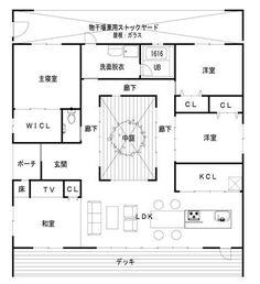 建築設計施工 ライフ・ストレージ・マネジメント株式会社:久し振りに間取りUP! Japanese Architecture, Architecture Plan, Atrium House, Craftsman Floor Plans, Luxury House Plans, Japanese House, House Layouts, House Rooms, Modern Interior Design