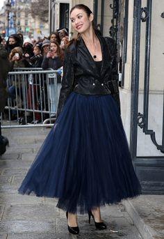 Le look d'Olga Kurylenko au défilé Jean Paul Gaultier