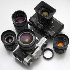 chansoncamera:  Leicaflex lens kit by CorgiHouse on Flickr.