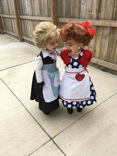 Little girls Halloween costumes Lucy & Ethel These adorable babies below are rocking the show! Check out the cute baby wearing Halloween costumes. Little Girl Halloween Costumes, Soirée Halloween, Family Halloween Costumes, Cute Costumes For Kids, Infant Halloween, Toddler Girl Costumes, Funny Baby Costumes, Homemade Halloween, Group Costumes