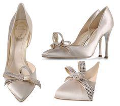 Beautiful Bridal Shoes: Rene Caovilla satin bow pumps >> Shoeperwoman