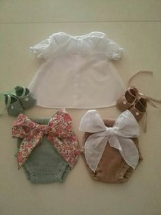 El Tocador de Victoria Vintage Baby Clothes, Baby Kids Clothes, Little Girl Outfits, Kids Outfits, Baby Knitting, Crochet Baby, Vintage Kids Fashion, Baby Couture, Baby Princess
