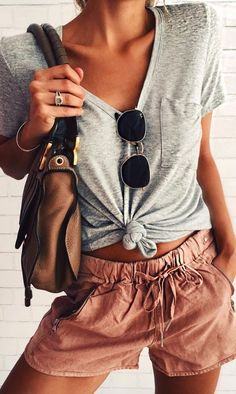 casual style obsession / tee + bag + shorts -