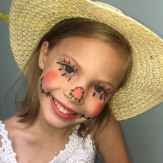 Simple makeup for a Halloween classic on a little girl 🎃🍁 Girl Halloween Makeup, Halloween Costumes Scarecrow, Scarecrow Makeup, Halloween Scarecrow, Halloween Costume Contest, Halloween Kids, Happy Halloween, Halloween Party, Little Girls Makeup