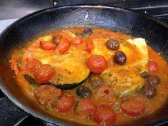 In padella Pescespada con Pomodorini, Capperi e Olive di Gaeta #sicilianfood…