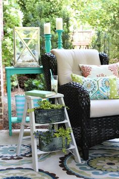 Use a vintage Ladder to create a Side Table Planter | Refresh Restyle