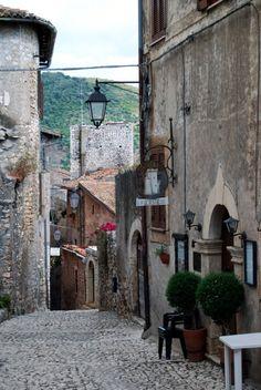 Sermoneta  is a hill town and comune in the province of Latina (Lazio), central Italy