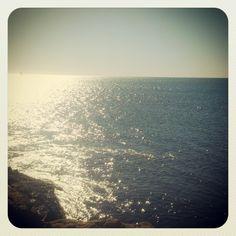 Solecito bueno a la orilla del mar