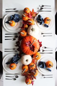 2 Autumn Tablescapes + Taking Better Pictures (Poppytalk) Fall Table Settings, Thanksgiving Table Settings, Thanksgiving Parties, Holiday Tables, Setting Table, Christmas Tables, Table Setting Pictures, Thanksgiving Crafts, Pumpkin Centerpieces