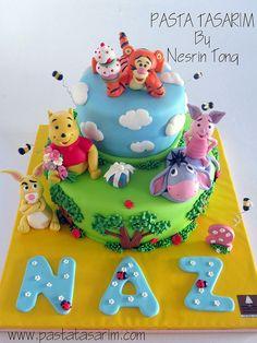 WINNIE THE POOH CAKE -