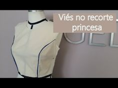 Como colocar viés no decote em V - YouTube Sewing Hacks, Sewing Projects, Stitching Dresses, Draped Fabric, Fabric Manipulation, Couture, Embroidery Designs, Sewing Patterns, Plus Size