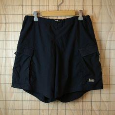 【REI(アールイーアイ)】古着ブラックアウトドアナイロンショーツ・ショートパンツ サイズM