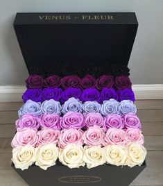 Pimple violet color rose bouquet on We Heart It Flower Box Gift, Flower Boxes, Beautiful Roses, Beautiful Flowers, Bouquet Box, Blue Bouquet, Luxury Flowers, Romantic Gifts, Floral Arrangements