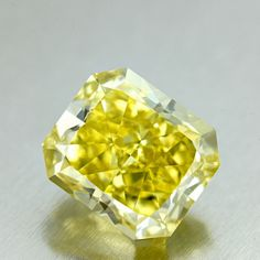 Shape: Radiant | Weight: 9.24ct | Color: Fancy Vivid Yellow | Clarity: VVS2 | LAB: GIA | Cert Link: http://download.certimage.com/Certificates/PP1022.pdf  #fancycolordiamonds #middiamonds #fancy #diamonds #diamond #mid #Radiant #GIA