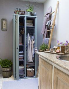 Forvandl et metaltræt skab til et flot og funktionelt opbevaringsmøbel til bade- eller soveværelset. Vi guider dig trin for trin.