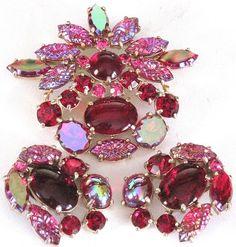 SCHIAPARELLI Amazing Red Rhinestone AB Molded Glass Leaves Pin Earring Set   eBay
