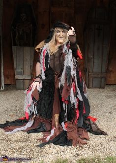 Homemade Costumes for Women - Costume Works Witches Costumes For Women, Scary Halloween Costumes, Halloween Costume Contest, Halloween Stuff, Halloween Ideas, Halloween 2015, Halloween Decorations, Homemade Costumes, Homemade Halloween