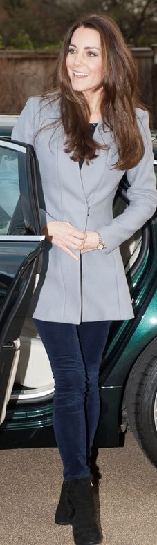 Who made Kate Middleton's gray coat and black wedge boots that she wore on December 6, 2013?