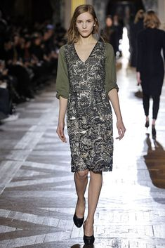 Dries Van Noten Fall 2010 Ready-to-Wear Fashion Show Collection