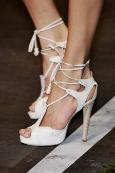 Hermès-one of the ONLY pair of white shoes that I'd even consider purchasing!!