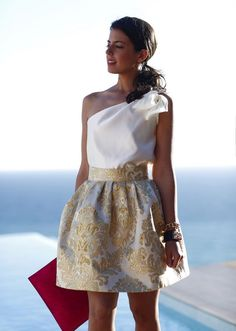 Pin by Malutykyke Marwar on Ideeën voor outfits in 2019 Classy Outfits, Chic Outfits, Dress Outfits, Body Lace, Skirt Fashion, Fashion Dresses, Lace Dress, Dress Up, Evening Dresses