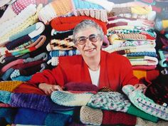 Warm Up America - donating knitted squares to assemble into warm blankets for those in need.  Squares I can do!