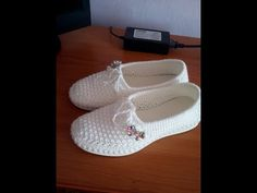 Crochet Sole, Bobble Crochet, Crochet Shoes Pattern, Crochet Sandals, Crochet Slippers, Espadrilles, Boots With Leg Warmers, Spring Boots, Crochet Videos