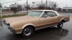 1967 Oldsmobile Cutlass Supreme 442 Convertible