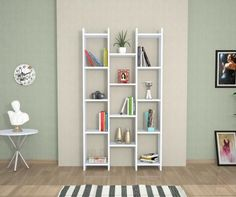 Book shelf ideas - Fairy lights or christmas lights help to create a gorgeous book shelf look. Perfect for book shelfies Low Bookcase, Cube Bookcase, Modern Bookcase, Creative Bookshelves, Bookshelf Design, Wall Shelves Design, Shabby Chic Furniture, Modern Decor, Home Accessories