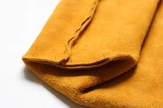ideas diy bag leather tutorials how to make Diy Leather Tote Bag, Leather Bag Tutorial, Leather Bag Pattern, Leather Baby Shoes, Diy Tote Bag, Sewing Leather, Leather Purses, Leather Handbags, Leather Totes