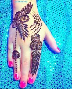 Mehndi henna designs are always searchable by Pakistani women and girls. Women, girls and also kids apply henna on their hands, feet and also on neck to look more gorgeous and traditional. Henna Hand Designs, Dulhan Mehndi Designs, Mehendi, Mehndi Designs Finger, Rose Mehndi Designs, Khafif Mehndi Design, Mehndi Designs For Girls, Stylish Mehndi Designs, Mehndi Designs For Beginners