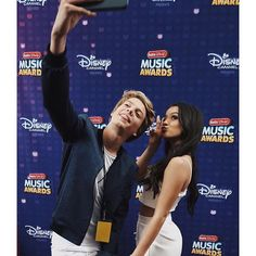 Isabela Moner at the RDMA 2016 with Jace Norman