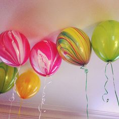 Marbled Balloons via Oh Happy Day {Beaux & Belles blog}