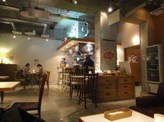 横浜発 驢馬人の美食な日々-8.CAFE03