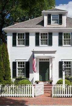 31 South Water Street is an 1860's vintage captain's house along Edgartown Harbor, located within the Edgartown Historic District.