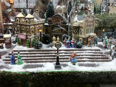 Christmas Palace, Christmas In The City, Christmas Village Display, Christmas Town, Christmas Villages, Christmas Holidays, Christmas Garden Decorations, Diy Christmas Ornaments, Dickens Village