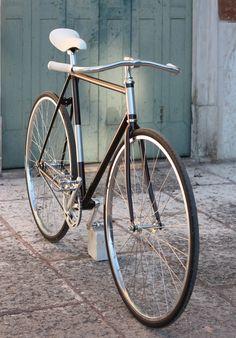 02_bici_contropedale_crop