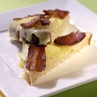 Grilled Cheese with Apple & Bacon