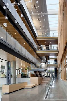 Gallery - Alumni Center / TVA Architects - 6 Patio Interior, Interior Stairs, Interior Architecture, Architecture Details, Architecture Layout, Interior Design, Architecture Visualization, Mix Use Building, Cultural Center
