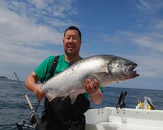 Trolling Tips for Chinook Salmon Downrigger Fishing Fly Fishing For Beginners, Fly Fishing Tips, Best Fishing, Salmon Smoker, Alaska Salmon Fishing, Best Knots, Fishing Tournaments, Different Fish, Fishing Adventure